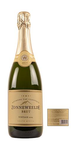 Samengesteld als een 'echte' champagne uit ongeveer gelijke delen vroeg geplukte Pinot Noir aangevuld met Pinot Meunier en een klein beetje Chardonnay. Rijke aroma's van noten en citrusvruchten, biscuit en geroosterd brood in de neus. Romige mousse, volle en tegelijk complexe smaak met aangename zuren. Klassiek uit de Nieuwe Wereld.